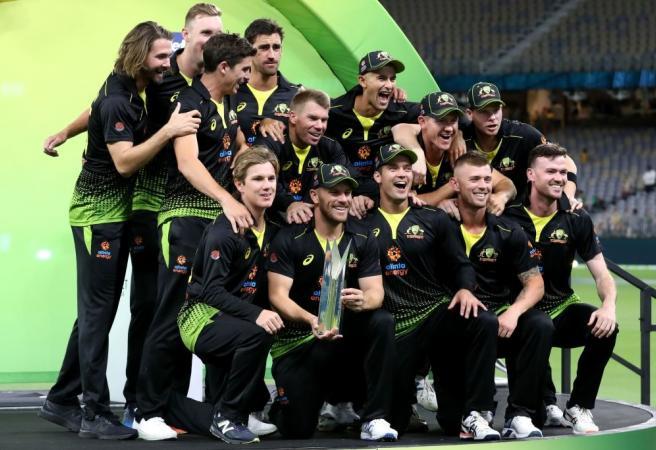 Aussies dominate Pakistan on way to series win