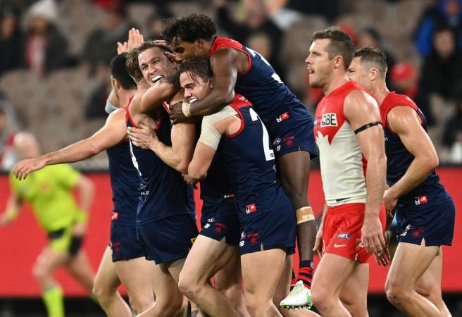 Double delight for Dees with bookies
