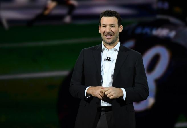 Tony Romo signs incredible NFL TV analyst deal