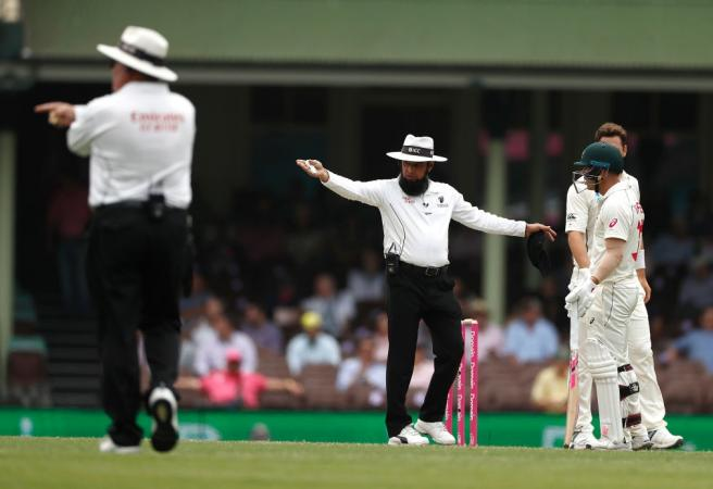 David Warner hits back at umpire over penalty