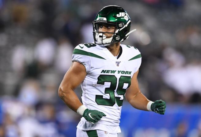 New York Jets release Valentine holmes