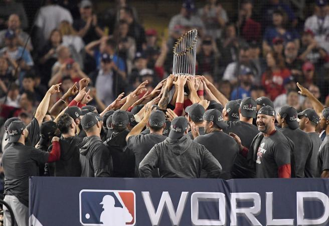 Red Sox cruise to World Series victory